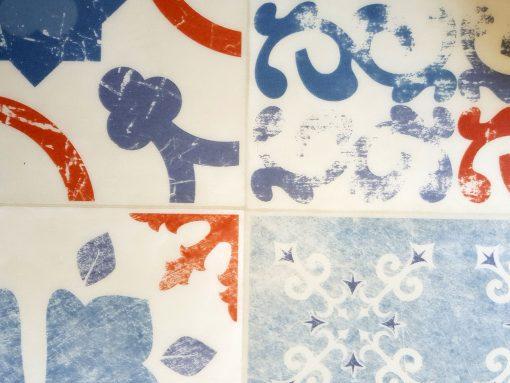 פי וי סי וינטאג' כתום כחול לבן